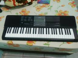 Vende-se este teclado