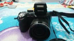 Camera finepix s3300