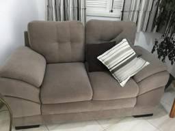 Sofá marca Bom Paator com almofadas removíveis