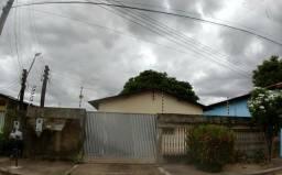 Vendo casa no bairro Caimbé