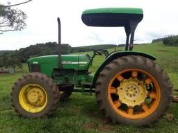 Trator John Deere 5403
