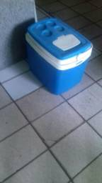 Vendo uma caixa térmica
