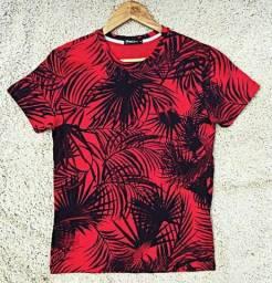 Camiseta Floral Vermelha