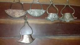 Estribos antigos de bronze