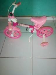 Bicicletada infantil feminina na cor rosa