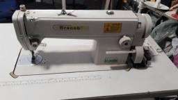 Máquina de costura Bracob