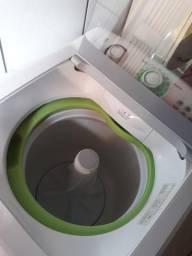 Lavadora de roupas Consul 11KG em ótimo estado de conservação