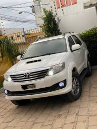 Toyota hilux sw4 3.0 7 lugares