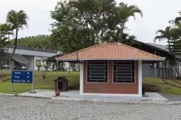 Galpão de 5.000 m² as margens da BR 101, com terreno de 24.000 m², com marginal e faci...