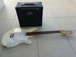 Vendo Guitarra e Caixa Peavey