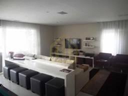 Vende-se lindo apartamento em perdizes.