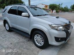 Hilux SW4 EXTRA - 2014