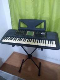 Vendo teclado Yamaha PSR 530