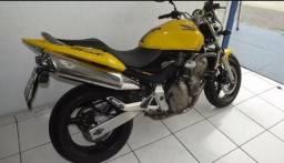Hornet 2006 amarela - 2006