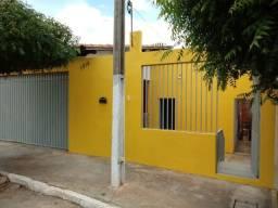 Casa em S.João do Piauí, bem localizada,