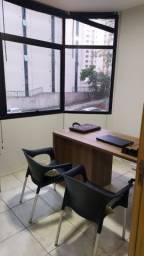 Mesa de Escritório em MDF com gaveteiro