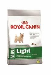 Ração Royal canin adult light 7,5 kg