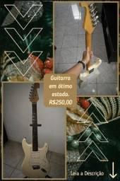 Guitarra Khroma Stratocaster Usada