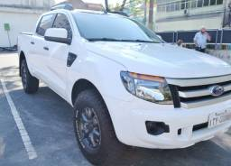 Ford Ranger XLS 2.5 - 2013 - Impecável