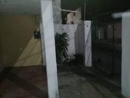 Aluga-se casa no bairro José Walter