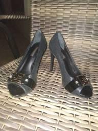Título do anúncio: Vendo sapato social preto