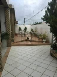 Linda Casa no bairro do Cristo Redentor