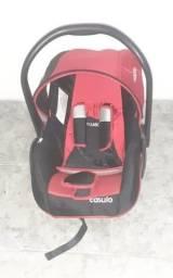 Título do anúncio: Bebê Conforto Kiddo - 0 a 13 kg - Preto/Vermelho