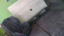 Vendo suporte de parede para tv e cadeirinha
