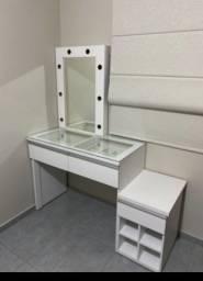 Título do anúncio: Penteadeira com espelho, gavetas e nichos