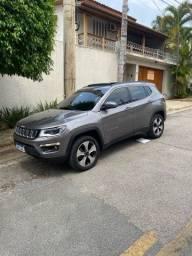 Título do anúncio: Vendo Jeep compass Diesel carro com passagem em leilão