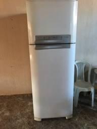 vendo geladeira para concertar