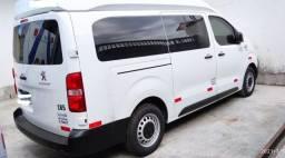 Título do anúncio: Van Peugeot 2019 Minibus Teto alto! 11 lug. 22000km(Oportunidade)