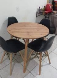 Título do anúncio: Kit madel com 4 cadeiras 90x90