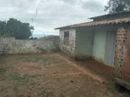 Vende - se casa localizada em aratuba