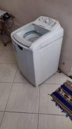 Título do anúncio:  Máquina de lavar roupa eletrolux