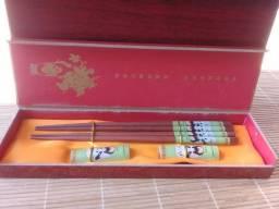 Título do anúncio: Hashi E Apoio Bambu