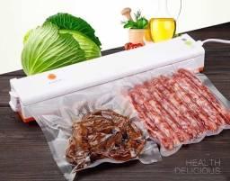 Título do anúncio: Seladora à Vácuo Elétrica Freshpack Pro + 10 Embalagens de Brinde