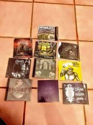 Lote com 108 CD's de bandas de Metal Nacional
