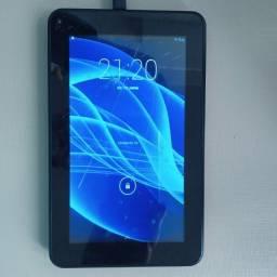 Tablet M7S Quad Core  Multilaser  no estado para retirada de peças ou conserto.