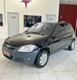 Título do anúncio: Chevrolet Celta Life 1.0 ano 2009, Completo e 2 portas. Financiamos
