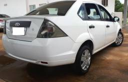 Ford Fiesta Sedan 1.0 Completo - 2012