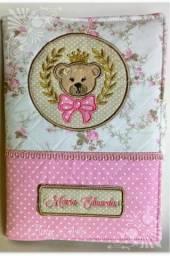 Porta documentos para caderneta de vacina Ursa Princesa