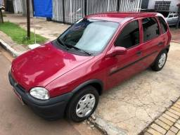 Corsa vermelho - 2000