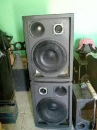 Duas caixas de som passivas fone 15