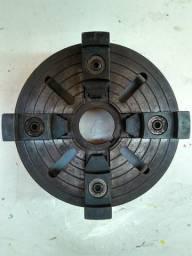 Placa de torno de 4 castanhas independentes e reversíveis