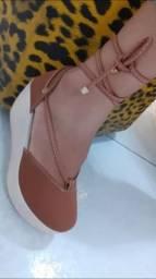 Sandálias lindas e confortável