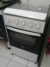 Vendo um fogão automatico marca Dako