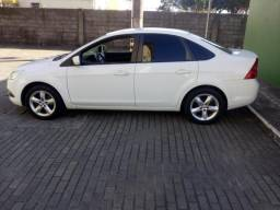 Ford Focus 1.6 manual, completo - 2011