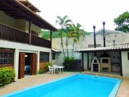 Casa 4 Dormitórios com Escritura Publica no Campeche.