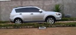 Outlander Mitsubishi - 2012